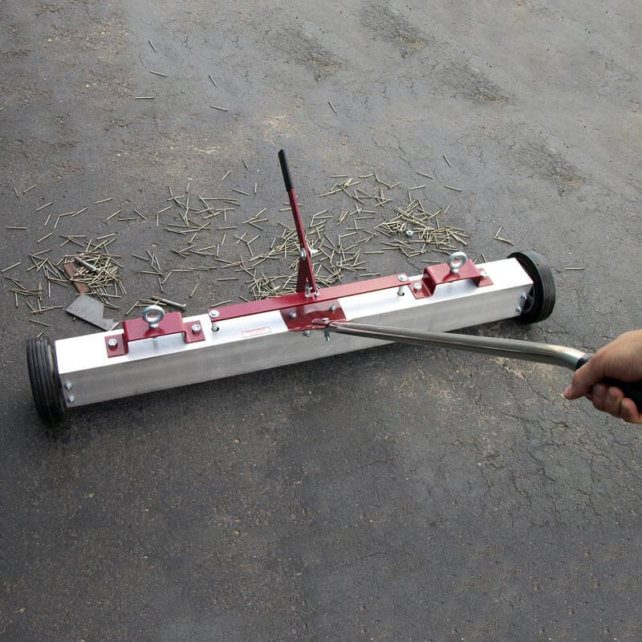 Magnets, magnetic sweepers, lifting magnets